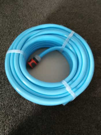Birth pool filling hose